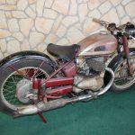 Originalzustand unrestauriertes Motorrad BGD250