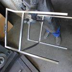 Industrie Metallstuhl Vorarbeiten zum Verchromen